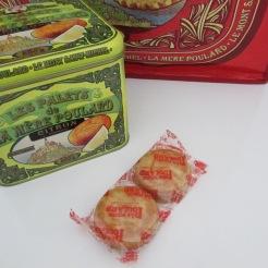 http://www.biscuiterie-mere-poulard.com/produits/fr/nos-coffrets-fer-collector/165-palets-citron-coffret-fer-collector-de-500g.html