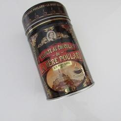 http://www.biscuiterie-mere-poulard.com/produits/fr/nos-chocolats-en-poudre/133-veloute-au-chocolat-en-poudre.html